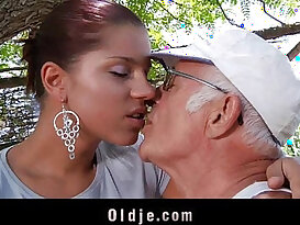 Big dick and fucks his much younger sexy girlfriend