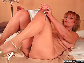 Plump grandma fucks and sucks cock with her unshaven pussy