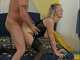 Nasty mature woman gets cunt fucked real hard from