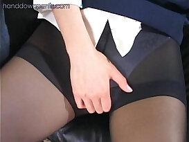 Flight attendant caught masturbating in her pantyhose