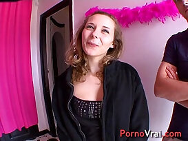 Ophelie is an exhibitionist and sex of rabid! French amateur