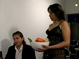 Mexican porno Lupe brought to you by georgewbush