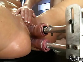 Lesbians fingering and licking and fingering pussy and fuck double ended dildo machine