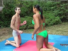MX Tia vs Sunny competitive mixed wrestling