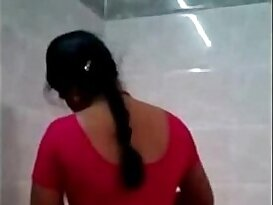 Tamil aunty fucked by her illegal bf in hotel room