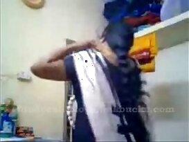 tamil aunty recordin herself and showing her big boobs ..
