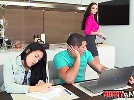 Mature stepmom Bianca Breeze threesome session in bed