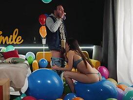 Balloon fetish fuck w/ playful Turkish hottie Anya